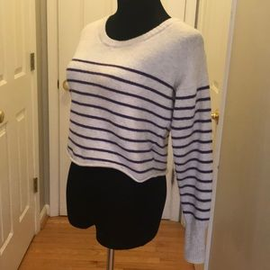 Aeropostale women's small crop top sweater